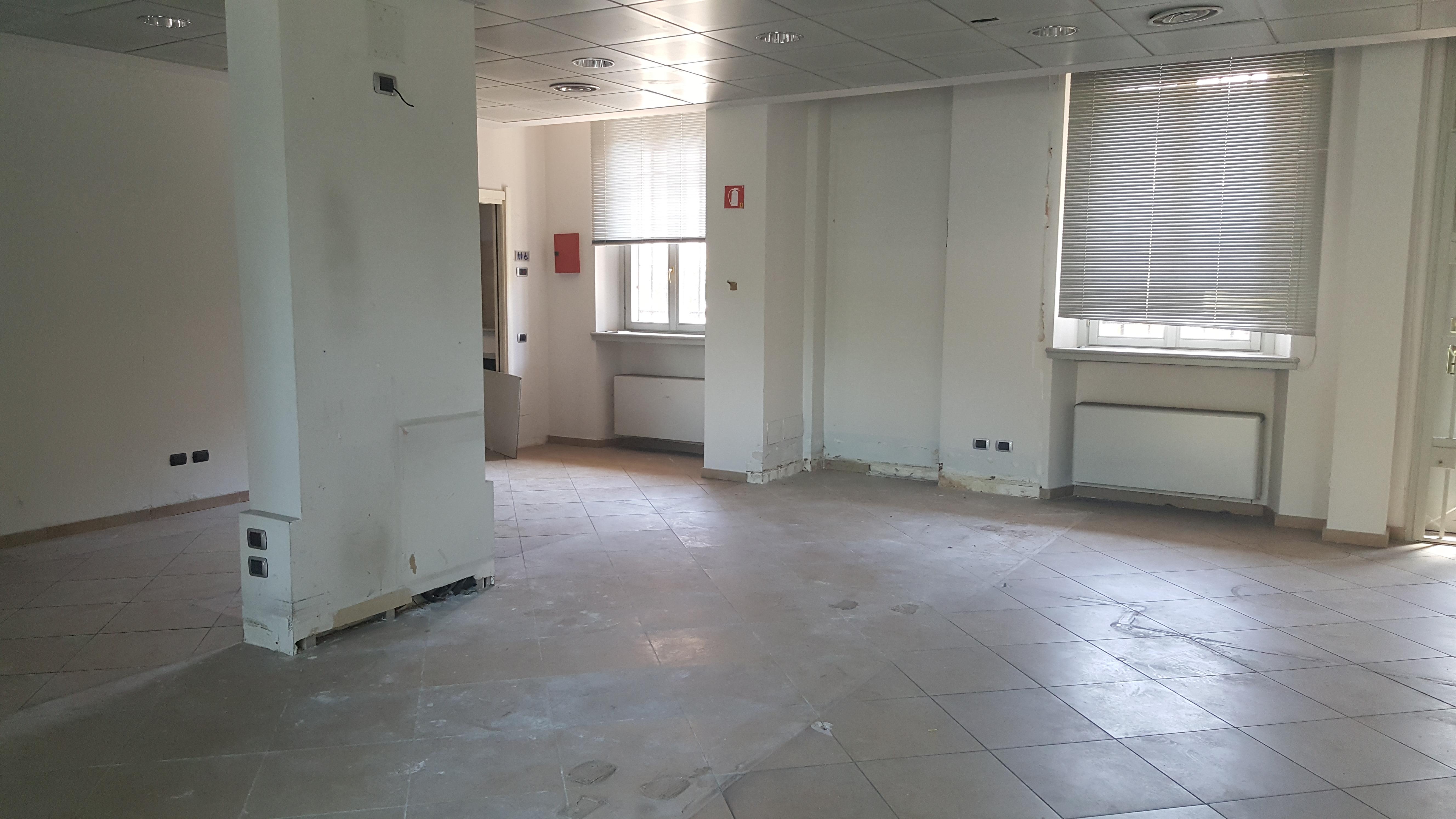 NEGOZIO COLOGNO M.SE – Corso Roma – Rif. Agenzia 7000F