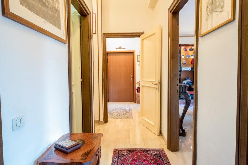 corridoio-camere-orizz_DSF4683