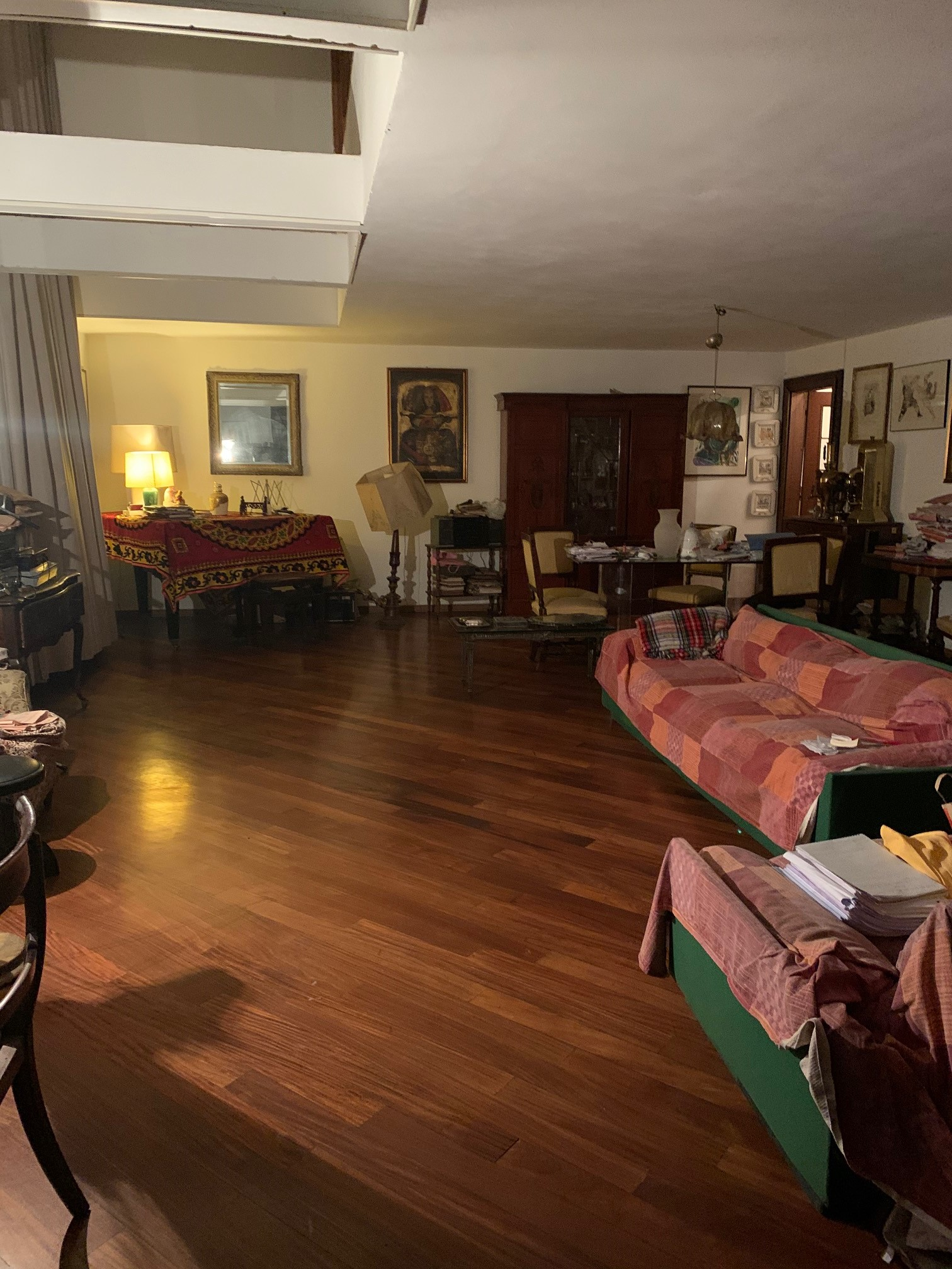 ZONA CADORNA/ S. AMBROGIO – VIA MELLERIO – RIF AGENZIA: 8902M