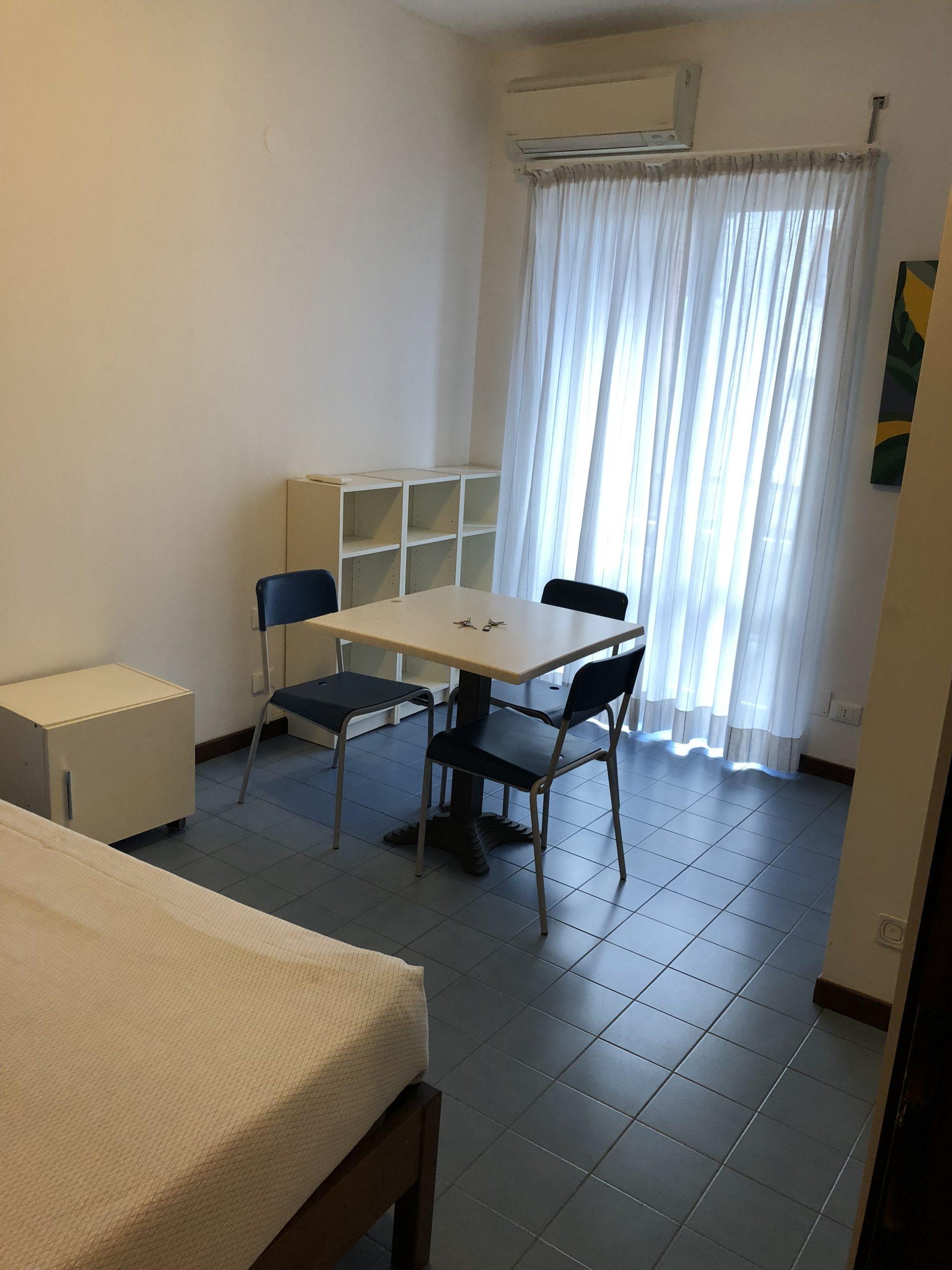 MONOLOCALE ZONA MM3 PORTA ROMANA – Via Muratori – RIF. AG. 1067