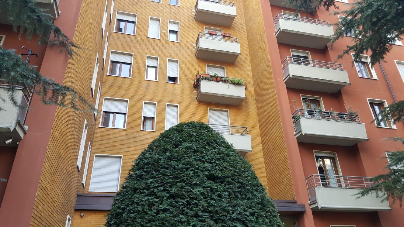 BILOCALE VUOTO ZONA GIOIA Adiacente Via Zuretti