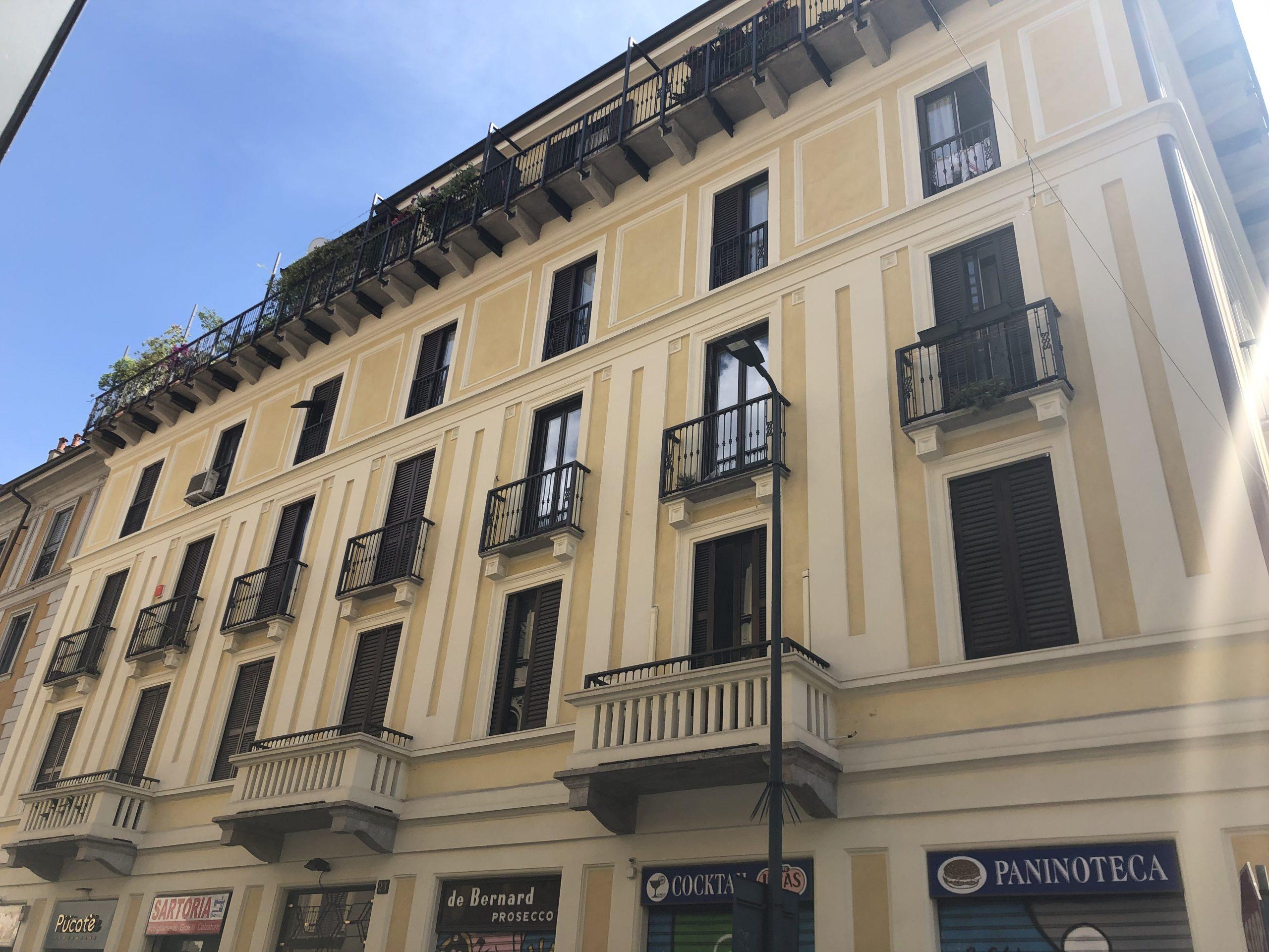 TRE LOCALI ZONA REPUBBLICA Adiacente Porta Venezia